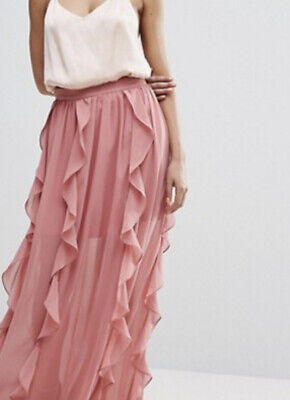 Kendal amd kylie Top M and Boohoo Ruffle Skirt Size 12