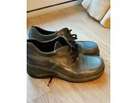 Green leather shoes size 6