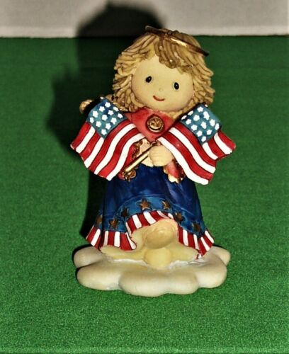 """Patriotic 4th of July Angel Holding American Flags 3 ½"""" Tall Figurine"""