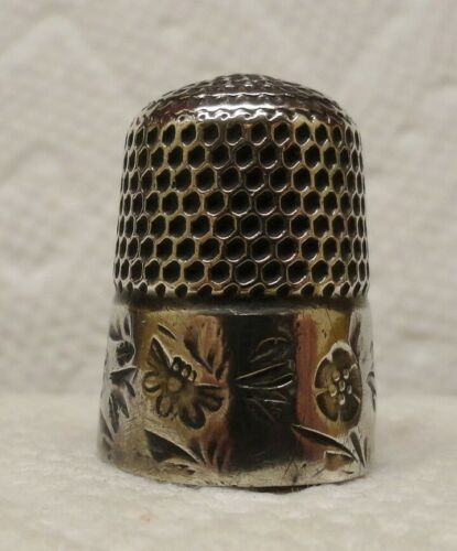 STERN  BROS. THIMBLE WITH FLOWERS AND INSECTS AROUND BAND