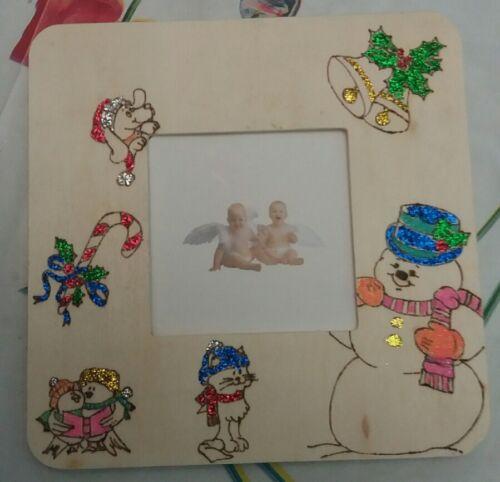 cornice portafoto da tavolo per bambini pirografata con brillantini. natale.