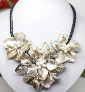 Fashion Jewelry 3 white mop shell pearl flower pendant necklace 18
