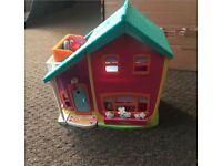 Vintage Polly Pocket Magnetic Dolls House