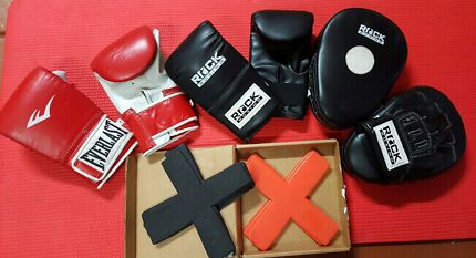 Boxing Gloves, Pads and X markers Tullamarine Hume Area Preview