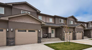 QUIET 3 BED TOWNHOUSE W/ATTACHED GARAGE IN NIVERVILLE