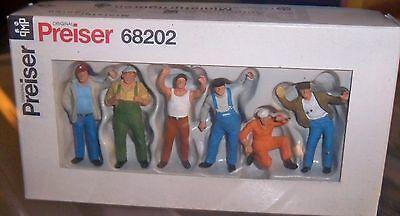 Preiser set 68202 of 6 x miniature Figures Truckers 1:50 scale