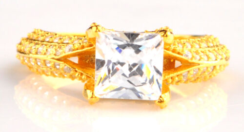 Princess Shape 3.70 Carat Solitaire Engagement Ring In 14kt Solid Yellow Gold