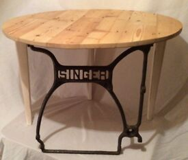 UNIQUE CHARMING VINTAGE COFFEE / TEA / TABLE / STAND