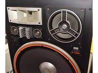 Sansui SP X8900 1 Pair of speakers 4 Way 6 speakers All original case and tweeters Rare Model