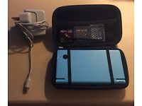 Nintendo DSi with games & accessories