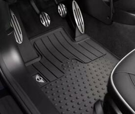 3 months old - Genuine Mini Countryman Rubber Mats , full set