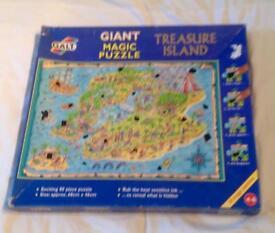 Giant Magic Puzzle 80 Pic Treasure Island. Heat Sensitive Ink. Complete. 68x46cm