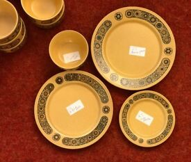 VINTAGE (1970's) PLATES AND BOWLS KILNCRAFT