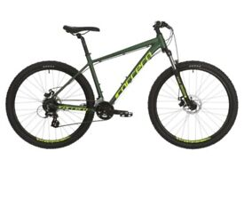 Men's mountain bike Carrera large with a separate cushioned seat.