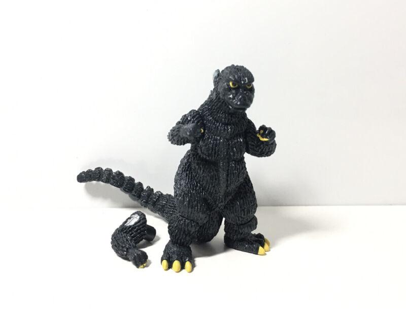 Bandai HG TOHO Godzilla Kaiju Monster Figure 1974 Godzilla W/ Mecha Arm
