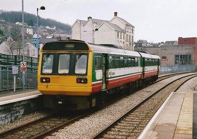 142002 Arriva Trains Wales 6x4 Quality British Rail Photo