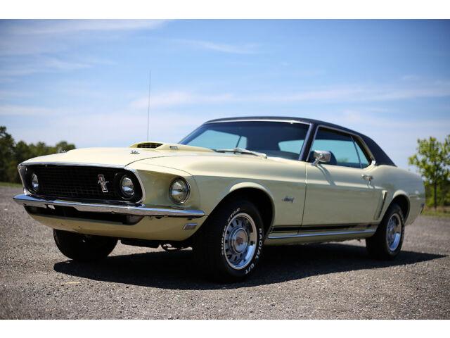 Imagen 1 de Ford Mustang yellow