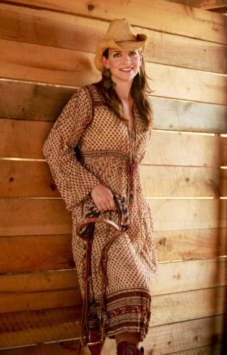 Trendige Damenkostüme: Diese Westernkleider gefallen nicht nur Cowgirls
