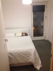 Affordable Double Bedroom 5 minutes away from Stratford Station