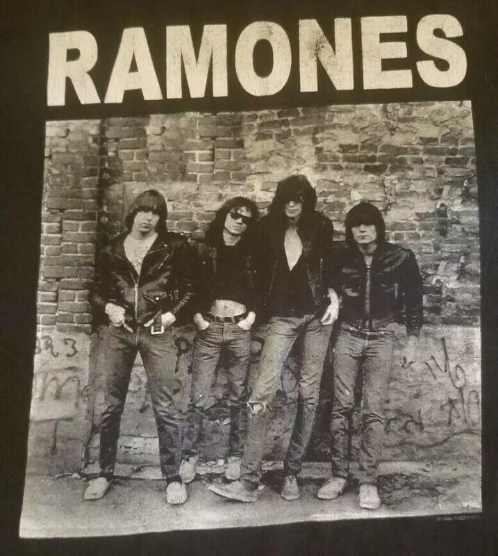 vintage Ramones t shirt