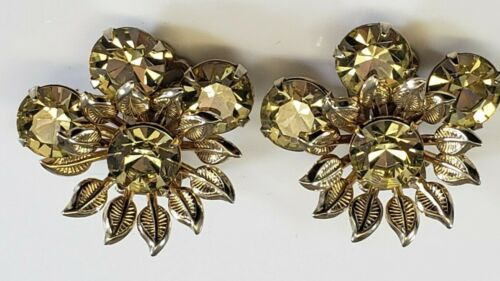 Vintage Clip On Earrings  Lime Green  Crystal Pronged Gold Tone UNIQUE