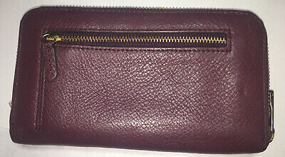 Fossil Leather Women's Wallet in Maroon Zip Around