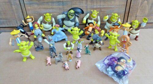 Dream Works SHREK Figure Lot 32 Plastic Figures Fiona Pinocchio Gingerbread Man