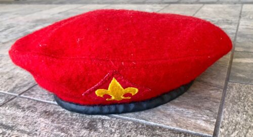 Vintage Boy Scouts of America Official Headwear Red Wool Beret Hat BSA Medium