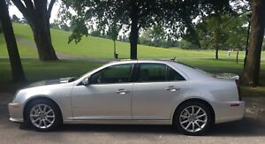 Cadillac STS-V 2006 superbe condition
