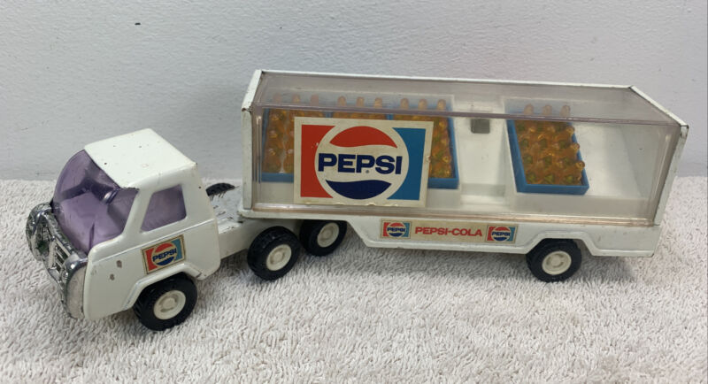 Vintage Buddy L Japan Pepsi-Cola Diecast Delivery Toy Truck w/Soda Bottles