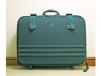 Beautiful Solada suitcase