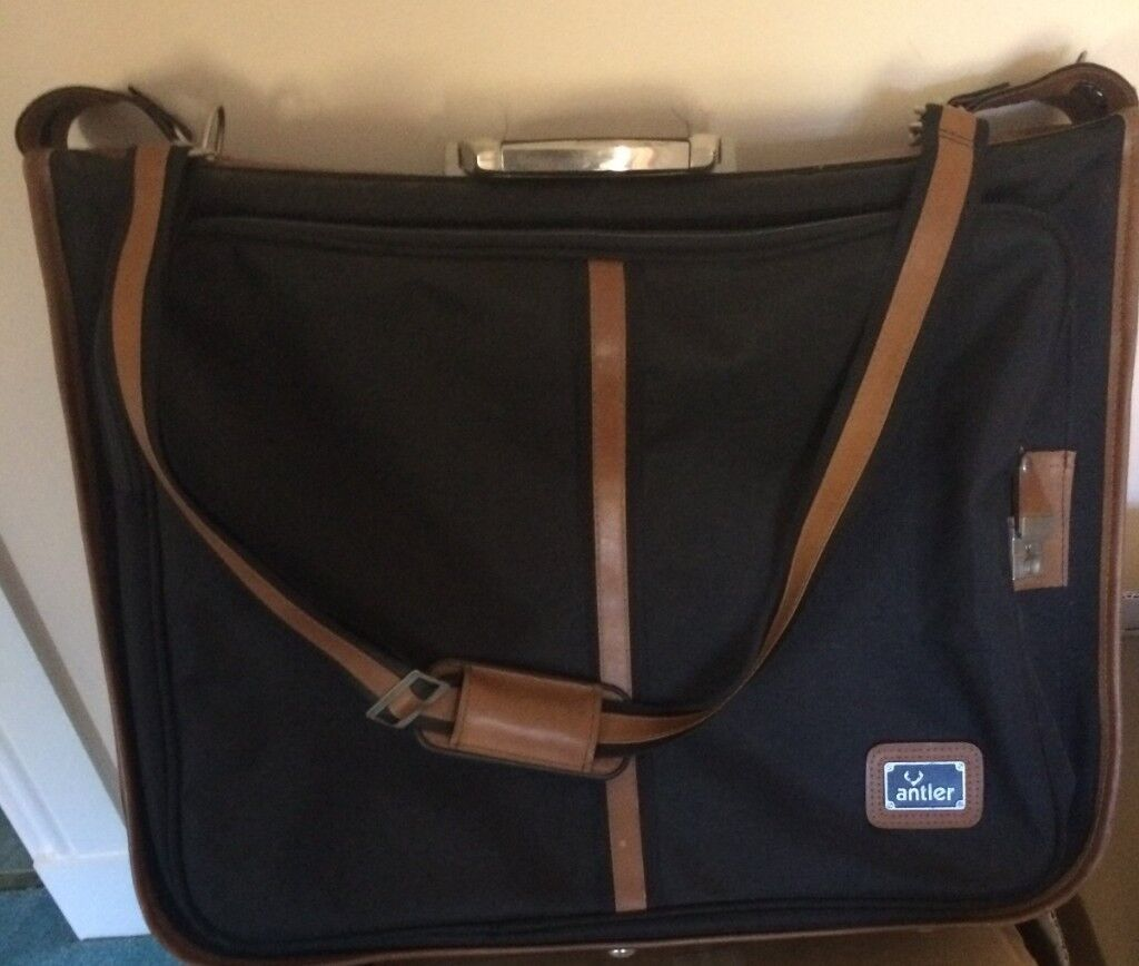 88dc97e23991 Antler Suitcase (with removable suit hangers) | in Cumbernauld, Glasgow |  Gumtree