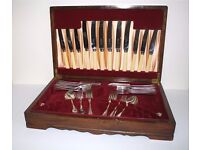 Canteen of Viceroy Cutlery – part set 6 place setting knives, forks, spoons in wooden display case