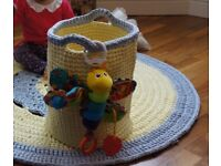 MOVING OUT SALE/ Rug & Toy Basket Set /