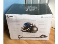 DYSON DC 28 ** Brand New Hoover ** Sealed Box 5 years warranty