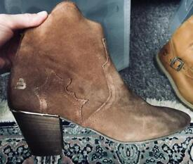 Suede cowboy boots with small heel/ ankle boots in cognac