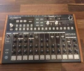 Arturia Drumbrute drum synth