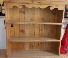 Lovely pine shelf unit