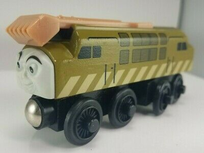2003 Thomas & Friends Wooden Railway Diesel 10 Train Engine #2840WJ00