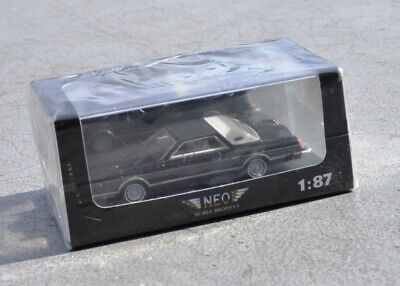 NEO 1:87 scale model Lincoln Continental Mark V - NEO87256 never opened MINT