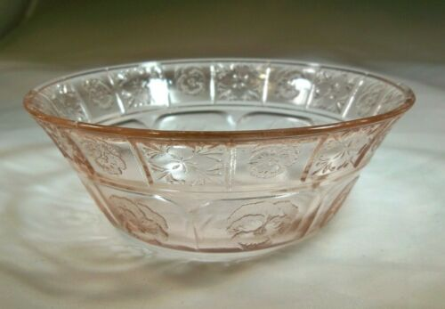 "JEANNETTE GLASS DORIC & PANSY PINK 4-1/2"" DIAMETER BERRY or FRUIT BOWL!"