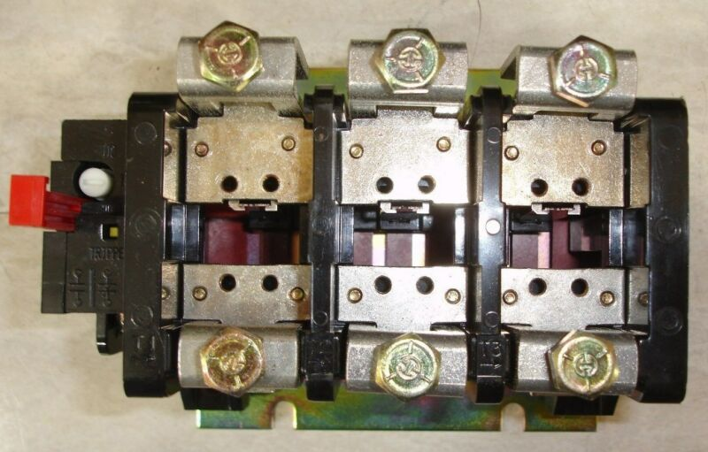 Lot of Six New General Electric GE Overlaod Relays CR324F610A Size 4