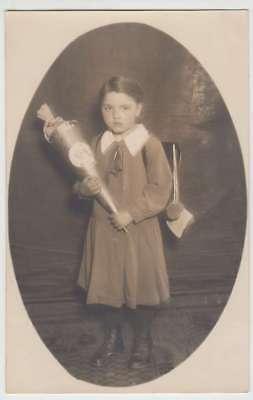 (35957) Foto AK Schulanfang, Mädchen m. Ranzen u. Zuckertüte, vor 1945