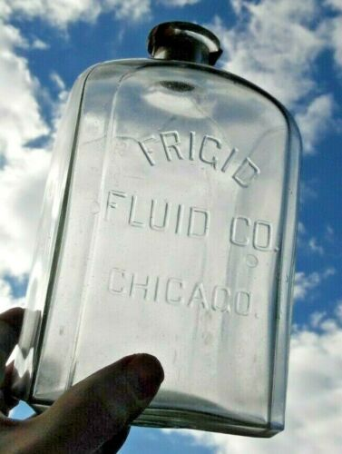 """FRIGID FLUID CO. CHICAGO"" EMBALMING FLUID BOTTLE/JAR /64oz/ IN GREAT CONDITION"
