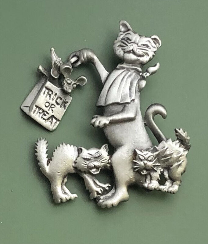 "Vintage  Cat""trick Or Treat bat bag "" Halloween Pin Brooch"