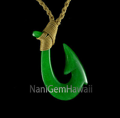 Hawaiian Hand Carved Polynesian Small Jade Makau Fish Hook Necklace Pendant