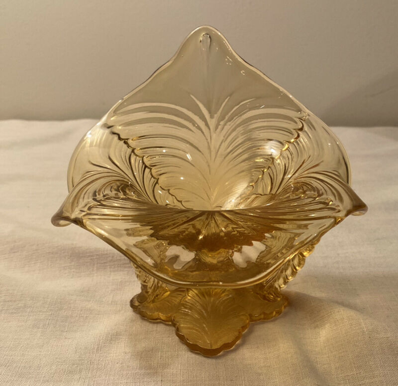 Amber Yellow Art Glass Jack-In-The-Pulpit Pedestal Candy Dish Sculpture Marked 2