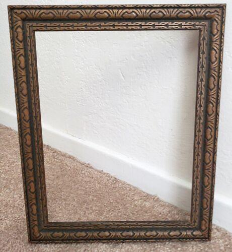 Vintage 1920s Carved Wood 7 3/8 x  x 9 1/4 Antique Old Picture Frame