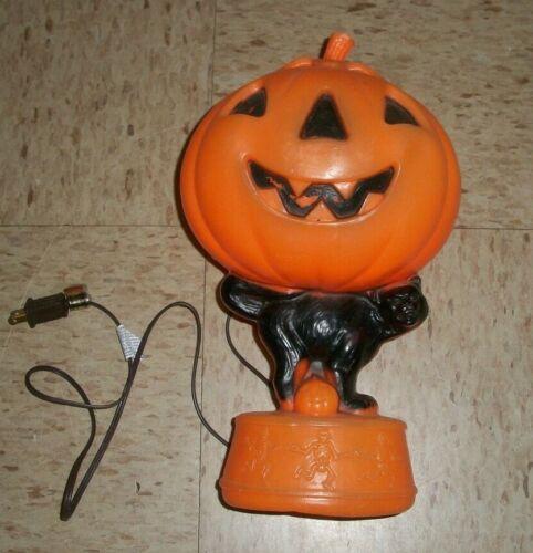 "Vtg Pumpkin JACK O LANTERN Black Cat Blowmold HALLOWEEN YARD Light 14"" Skeletons"