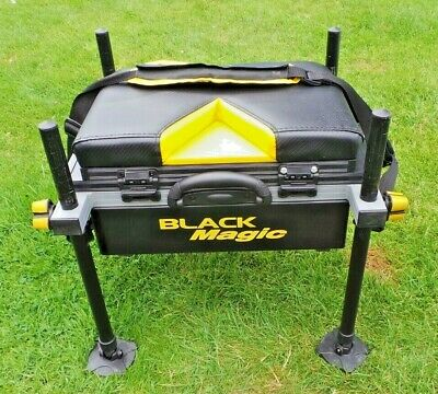 lightweight browning black magic canal style seatbox with built in side tray VGC